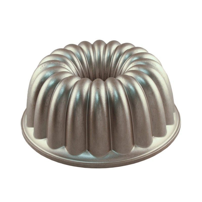 Molde Elegant Party Bundt Cake Nordic Ware