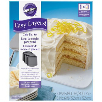 Pack 4 moldes cuadrados Layer Cake 15 cm Wilton