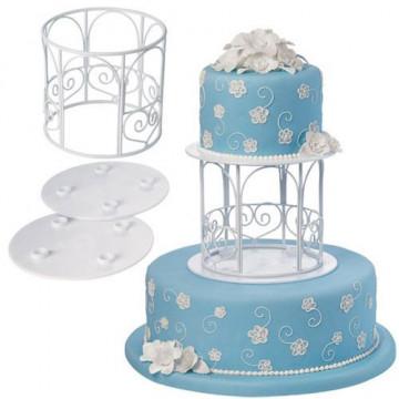 Set para tarta con motivos de flores de jardin Wilton.