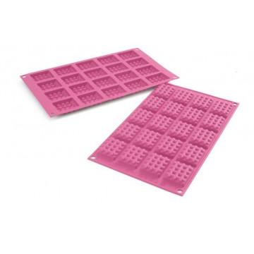 Molde para  mini waffel gofres cuadrados Silikomart