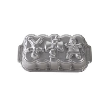Platinum Gingerbread Loaf Pan Nordic Ware