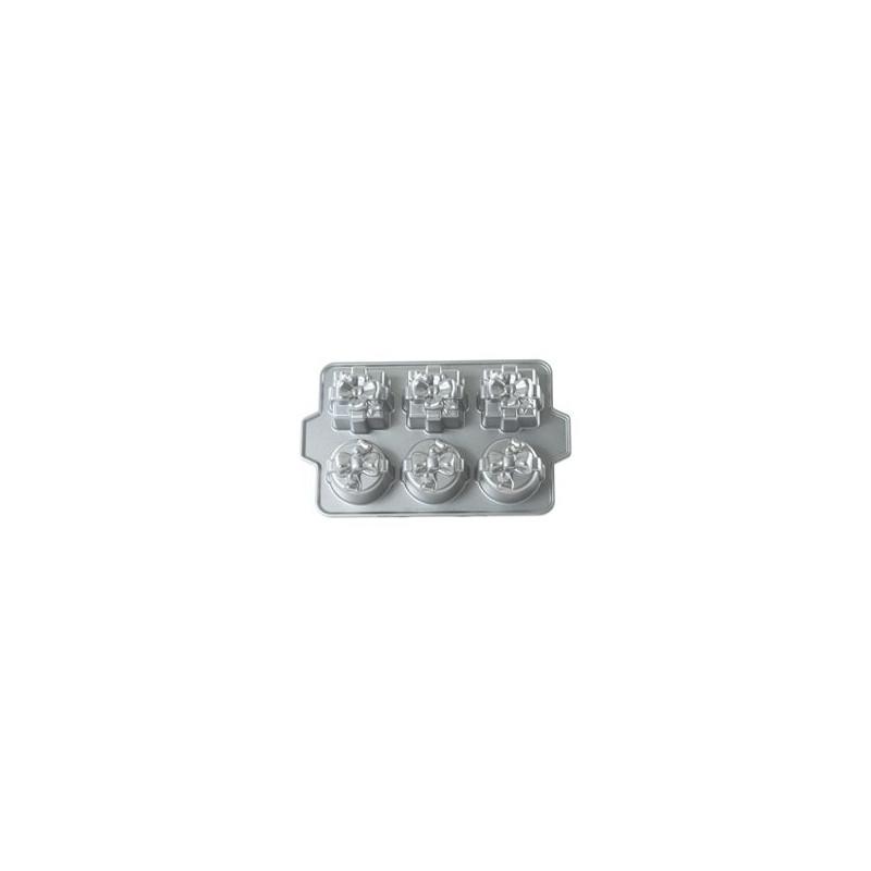 Platinum Gift Cakelet Pan Nordic Ware